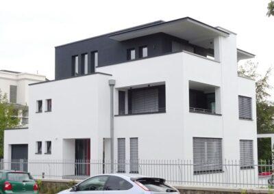 Abdichtung der Dachflächen mit Elastomerbitumen-Dachbahnen