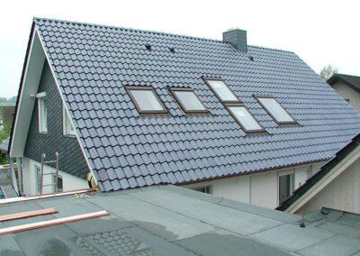 Velux Dachfenster mit Abdeckblechen aus Kupfer in Detmold