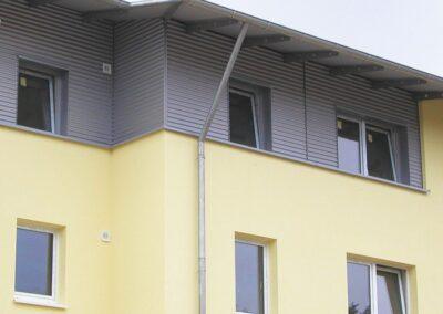 Fassadenbekleidung mit Aluwelle in Lemgo