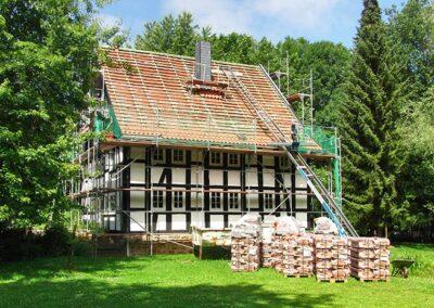 Dacheindeckung mit Meyer Holsen Hohlfalzziegeln
