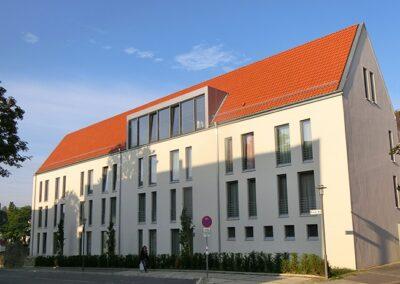 Dachdeckung Hotel Stadtpalais mit Hohlfalzziegeln VARIO
