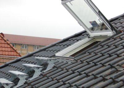 Velux Wohn- und Ausstiegsfenster mit Klapp-Schwing Funktion