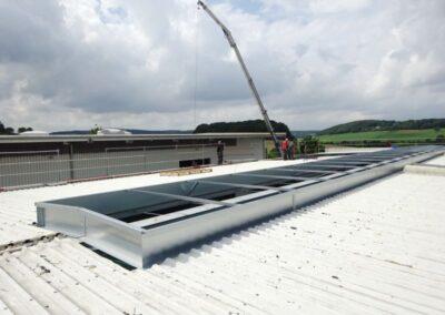 Montage einer neuen Lichtbandzarge im Extertal