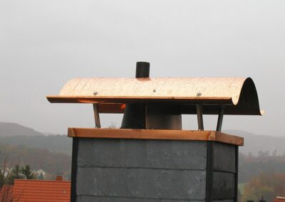 Kaminabdeckung und Kaminhaube aus Kupfer